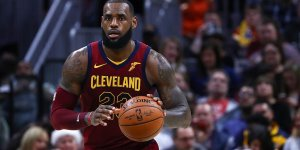 LeBron James'in 'triple-double'ı galibiyet getirdi